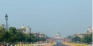 Delhi - empty road